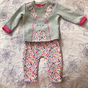 Baby Gap 6-12M outfit EUC